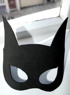 Bat Girl mask - Out of felt or fun foam.