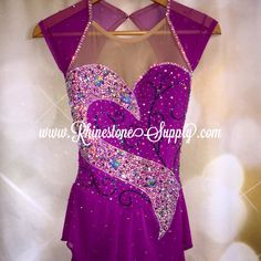 Ice Dance Dresses, Figure Skating Dresses, Cute Dance Costumes, Beaded Evening Gowns, Figure Skating Costumes, Rhythmic Gymnastics Leotards, Calisthenics, Formal Dresses, Stones