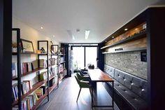 북카페 분위기로 꾸민 19평 아파트 신혼집 인테리어 Cafe Interior, Home Interior Design, Book Cafe, Home Living Room, Sunroom, Table, House, Furniture, Home Decor
