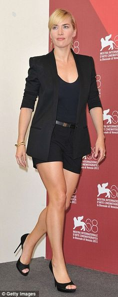 Highly toned: Kate Winslet appears to have been hitting the gym as she showed off her athletic legs in a shorts suit at the Venice Film Festival Kate Winslet, Rihanna, Beyonce, Michelle Trachtenberg, Blazer And Shorts, Black Shorts, Short Outfits, Chic Outfits, Fashionable Outfits