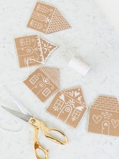 DIY Gingerbread House Garland - Little Cottage on the Coast Noel Christmas, Little Christmas, All Things Christmas, Winter Christmas, Christmas Cookies, Christmas Ornaments, Gingerbread Decorations, Christmas Decorations, Gingerbread Houses