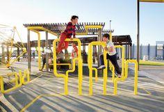 Outdoor Gym, Outdoor Playground, Sport Outdoor, Kids Climbing Frame, Children's Playground Equipment, Gym Architecture, Urban Design Diagram, Paving Design, Kindergarten Projects