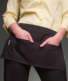 Avental curto multisos.  Medidas: 44 x 25 cm