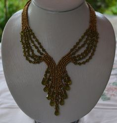 (pic) Old Gold Necklace Pattern Seed Bead Necklace, Seed Bead Jewelry, Beaded Jewelry, Gold Necklace, Gold Jewelry, Antique Necklace, Seed Beads, Jewellery, Beaded Necklace Patterns