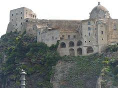 ISCHIA (NA) - Castello Aragonese #europe #travel #travelpics #italy #monuments www.italysaycheese.com