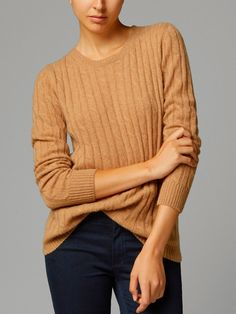 100% CASHMERE CABLE-KNIT SWEATER