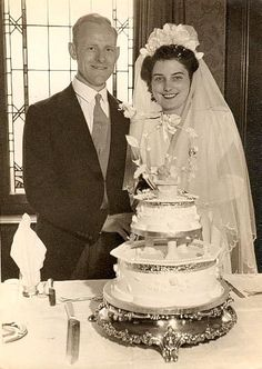 1930s wedding cake 30 s cake cutting quot cut the cake quot vintage 10084