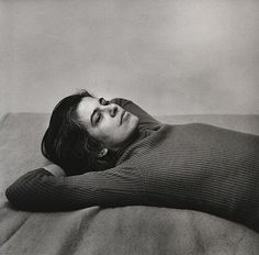 Susan Sontag. Hide/Seek: Portraits of Gender Identity and Sexual Difference in Art | Brain Pickings