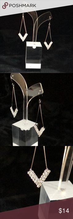 Double Row Rhinestone V-Shape Drop Earrings Spectacular.  My camera just can't pick up the beautiful iridescent sparkle of these stunning earrings. Jewelry Earrings