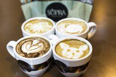 El momento del café, con Supra y mucho latte art, de Cafés Candelas.