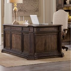 Hooker Furniture Rhapsody Executive Desk With Keyboard Space