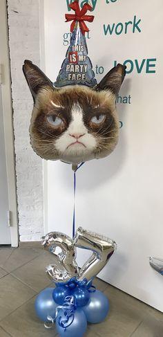 Grumpy Cat, I Party, Christmas Ornaments, Holiday Decor, Cats, Gatos, Christmas Jewelry, Cat, Christmas Decorations
