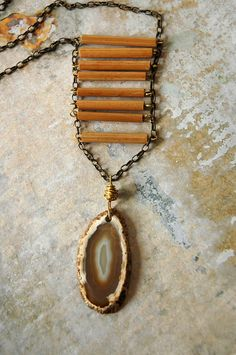 Tribal Wood Necklace: Nomadic ladder on top of natural Agate #boho #bohemian #jewelry #jewellery