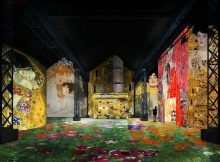 Atelier des Lumières, the latest digital exhibition by Culturespaces, features a spectacular selection of Klimt art. Unlike a traditional show, this permanent exhibition will provide the public with a one-of-a-kind immersive experience. Bastille, Rocky Horror, Art Klimt, Digital Projection, Abandoned Factory, Immersive Experience, Exhibition, Expositions, Installation Art