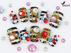 'Pirate Treasure' 3D nails