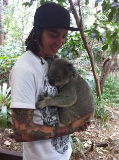 Tony Perry. Pierce The Veil. This is too cute for words!