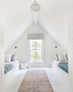 You will locate that huge bedrooms that in many lodges and cods are upstairs. You may likewise have attic bedroom that you ought to decorate. Bunk Rooms, Attic Rooms, Attic Spaces, Attic Loft, Attic Office, Attic Bathroom, Bunk Beds, Attic Bedroom Designs, Bedroom Loft