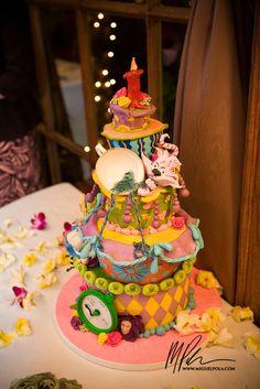 Spectacular Entertaining Events| Serafini Amelia| Wedding Event Theme- Alice In Wonderland| Alice in Wonderland wedding cake