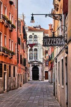 Фреска #41964160 Streets of Venice