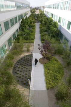 Landscape Architect Salary Survey concerning Low Maintenance Landscaping Ideas For Small Front Yard by Landscape Structures Global Motion concerning Landscape Design New York Architecture Courtyard, Landscape Architecture Design, Green Architecture, Installation Architecture, Architecture Models, Architecture Diagrams, Landscape Architects, Architecture Portfolio, Gravel Garden