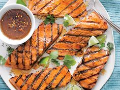 Perfect for family or company, Firecracker Grilled Salmon is rich in flavor but light enough to keep your waistline in check. Grilling Recipes, Fish Recipes, Seafood Recipes, Cooking Recipes, Healthy Recipes, Tilapia Recipes, Cooking Stuff, Cooking Tips, Cooking