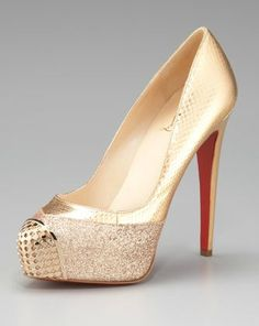 Christian louboutin gold maggie glitter snake platform pump wedding shoes - blue wedding shoes, christian louboutin shoes, christian louboutin wedding shoes catalog, gold wedding shoes, wedding shoes for bride Christian Louboutin Outlet, Platform Pumps, Beautiful Shoes, Wedding Shoes, Blue Wedding, Dream Wedding, Me Too Shoes, At Least, Shoe Boots