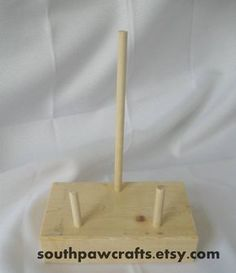 Southpaw Crafts: DIY Simple Easel