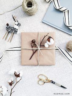 Flatlay Inspiration · via Custom Scene · Holiday Gifting with Preservation & Creation Creative Gift Wrapping, Present Wrapping, Gift Wrapping Paper, Creative Gifts, Wrapping Ideas, Christmas Date, Christmas Candles, Christmas Decorations, Birthday Gift Wrapping
