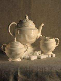 Wedgwood Tea Set - Edme pattern ~ very close to Wedgewood Windsor ~