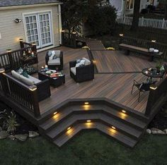Ideas to transform your backyard into an outdoor living space. From decks to porches to patios, discover design tools, design ideas, a project calculator & more. Synthetic Decking, Design Exterior, Exterior Colors, Backyard Patio Designs, Cozy Backyard, Backyard Decks, Patio Ideas, Pergola Ideas, Outdoor Ideas