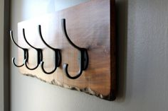 Reclaimed walnut wood entryway hook - coat rack, hat rack, wall hook. Hand carved simulated live edge. Eco Friendly