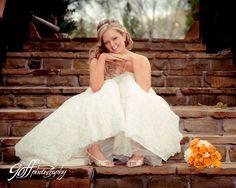 Bridal Portrait  www.elegantlywed.com