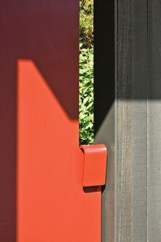 tansu house, seattle / gate latch detail, olson kundig architects