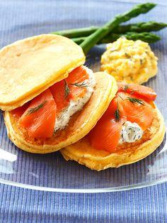しっとり生地のパンケーキにフィリングいろいろ |『ELLE a table』はおしゃれで簡単なレシピが満載!