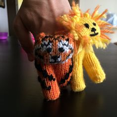 Ravelry: Two - finger puppets by Luciana Jorge
