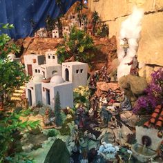 Pesebres belenes Nativity House, Minis, Celebrations, Christmas Crafts, Gardens, Holidays, Painting, Craft, Paper Houses