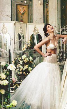 Noiva com Classe: Editorial Moda Noiva Vogue: vestidos românticos estilo vintage/retrô
