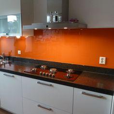 Glazen gekleurde keukenwanden bestellen bij Baka Glass - Baka Glass  Idee in kleur van smeg koelkast