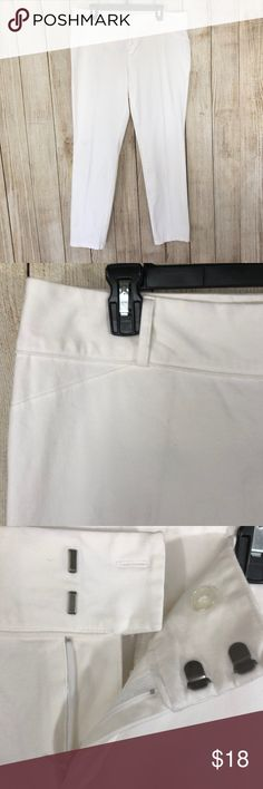 af064d8d35d23 INC White Ankle Pants Plus Size 16 Stretch Very nice pre-owned INC crop  pants