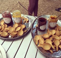 Today at @aldeburghfood we sampled both the traditional and the modern. #littlescarlet #jam #lemoncurd #saltedcaramelspread #chocolatespread #ediblespoons #aldeburghfoodfestival #aldeburghfoodfestival2016