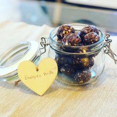 Energy Balls Beurres de Cacahuète Energy Balls, Cacao, Alex And Ani Charms, Honey, Peanut Butter, Almonds, Flakes