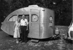 vintage-trailer:1935 Airstream Torpedo. The oldest existing Airstream.