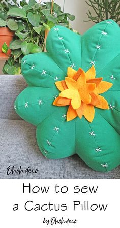 Learn how to make a cuddly cactus pillow. It's fun and easy to sew. Find all the details (pattern, tutorial and video) on the blog. #sew #tutorials #patterns #succulent #decor #diy #cushions #diy #pillow #sewing #cactus #pattern Diy Home Accessories, Fabric Boxes, Easy Sewing Projects, Sewing Crafts, Sewing For Beginners, Sewing Patterns Free, Felt Flowers, Cactus, Crafty