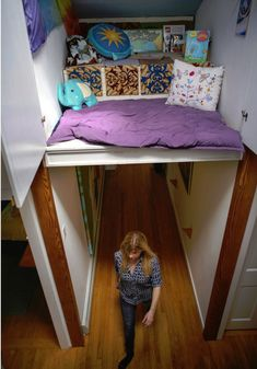 "Hideaway: A Secret Suspended ""Indoor Treehouse"" Reading Nook geek or house decor? Overhead Hideaway: A Secret Suspended ""Indoor Treehouse"" Reading Nook House Tour Spotlight Ideas Decorar Habitacion, Mini Loft, Hidden Rooms, Hidden Spaces, Book Nooks, Reading Nooks, Secret Rooms, Dream Rooms, Cool Rooms"