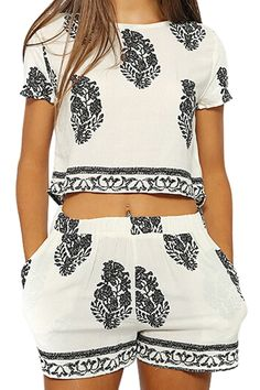 Short Sleeve Crop Top and Leaf Print Shorts Suit