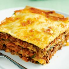 beef and spinach lasagne, than ever cheesy meat lasagna, Cheesy Meat Lasagna Receta Comida Kraft. Beef Lasagne, Meat Lasagna, Lasagne Recipes, Spinach Lasagna, Mince Recipes, Beef Recipes, Pasta Recipes, Pumpkin Lasagna, Ceramic Baking Dish