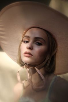 oystermag: Introducing Lily-Rose Depp, Shot By Dana Boulos † Soft Grunge Models †