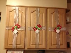 Yuen Yarn: Holiday Decorating Week and Cheap and easy Christmas decorations.