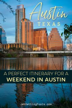 A weekend in Austin, Texas is a perfect quick getaway! The city is known for live music, epic barbecue, nearby nature and a lively bar scene. With just 3 days in Austin over a long weekend, visitors can experience the absolute best of the city. Our Austin Itinerary features must-see sights, top eateries and the best bars. Usa Travel Guide, Budget Travel, Travel Usa, Travel Guides, Travel Tips, Vacation Places In Usa, Places To Travel, Texas Travel, California Travel