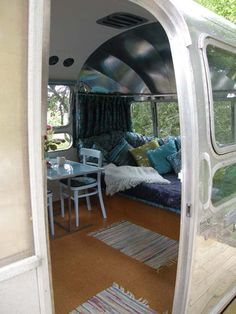 VINTAGE AMERICAN AIRSTREAM CARAVAN -my kind of camping since having the girls